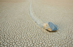 Risolto il mistero dei massi che si spostano da soli nella Death Valley
