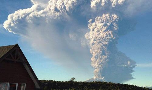 Esplosione del vulcano Calbuco, Cile: boato avvertito a 200 km di distanza, foto impressionanti