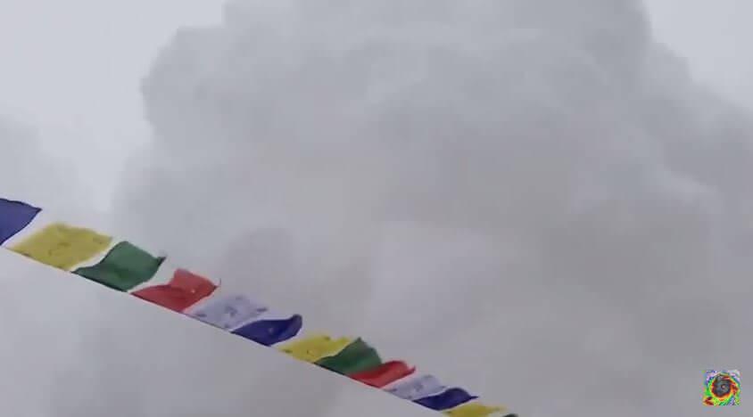 Valanga sull'Everest, pubblicato il drammatico video dell'impatto al campo base