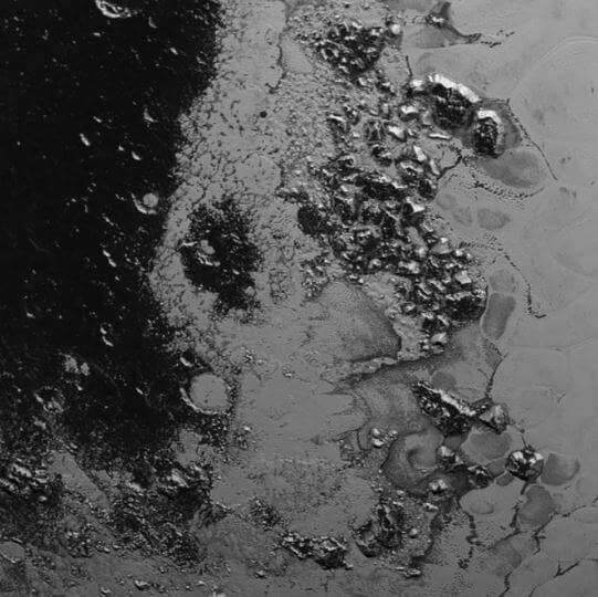 New Horizons: scoperta una seconda catena montuosa su Plutone