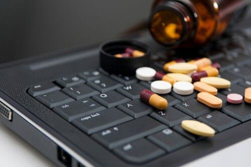 Farmaci online: da oggi anche in Italia senza obbligo di prescrizione