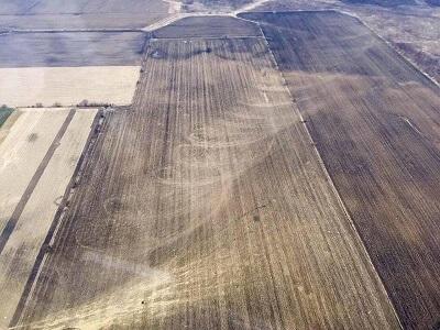 Tornado negli Stati Uniti, ecco la scia lasciata al suolo nei campi