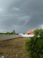 Tornado Brindisi: segnalato vortice alle porte della città in Puglia