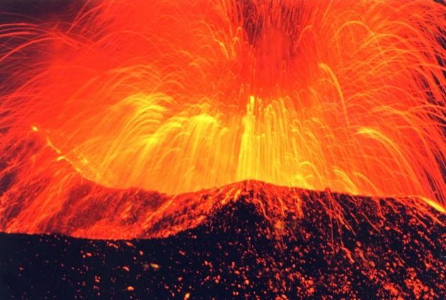 Campi Flegrei, l'avvicinarsi dell'eruzione non darà nessun segnale