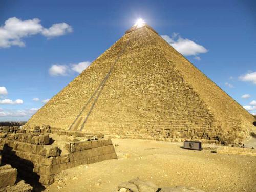 Egitto, Piramide di Cheope: risultano strane anomalie dall'esame termografico