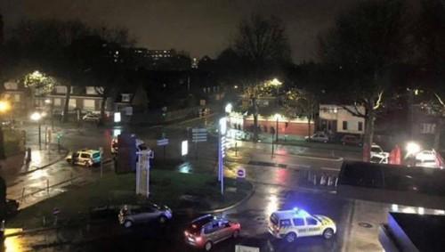 Roubaix, commando prende ostaggi e spara sulla polizia con armi da guerra