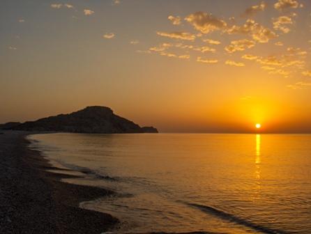 Ammirare l'alba e il tramonto cura la psiche