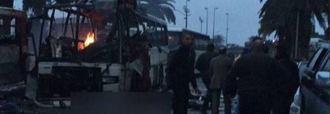 Attentato Tunisi: autobus esplode, diverse vittime