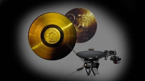 Voyager 1 viaggia da 38 anni, ma ancora non ha oltrepassato il Sistema Solare