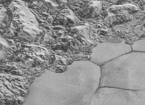 Plutone: le nuove foto mozzafiato della superficie