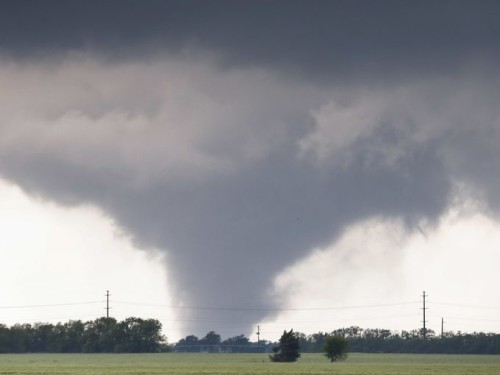 Stati Uniti: un tornado devasta il sud-est del Paese, ci sono anche sei morti