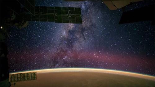 Astronomia, video mostra la collisione tra la Via Lattea e Andromeda