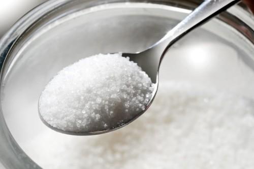 Salute: gli scienziati spiegano come lo zucchero può causare il cancro