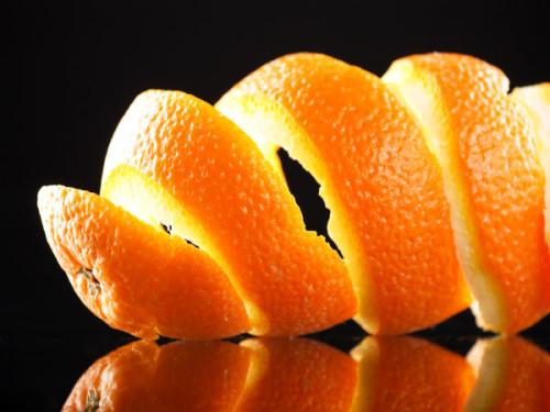 Depurare l'acqua con le bucce di arancia, la nuova scoperta