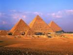 Egitto, particelle potrebbero risolvere il mistero delle piramidi