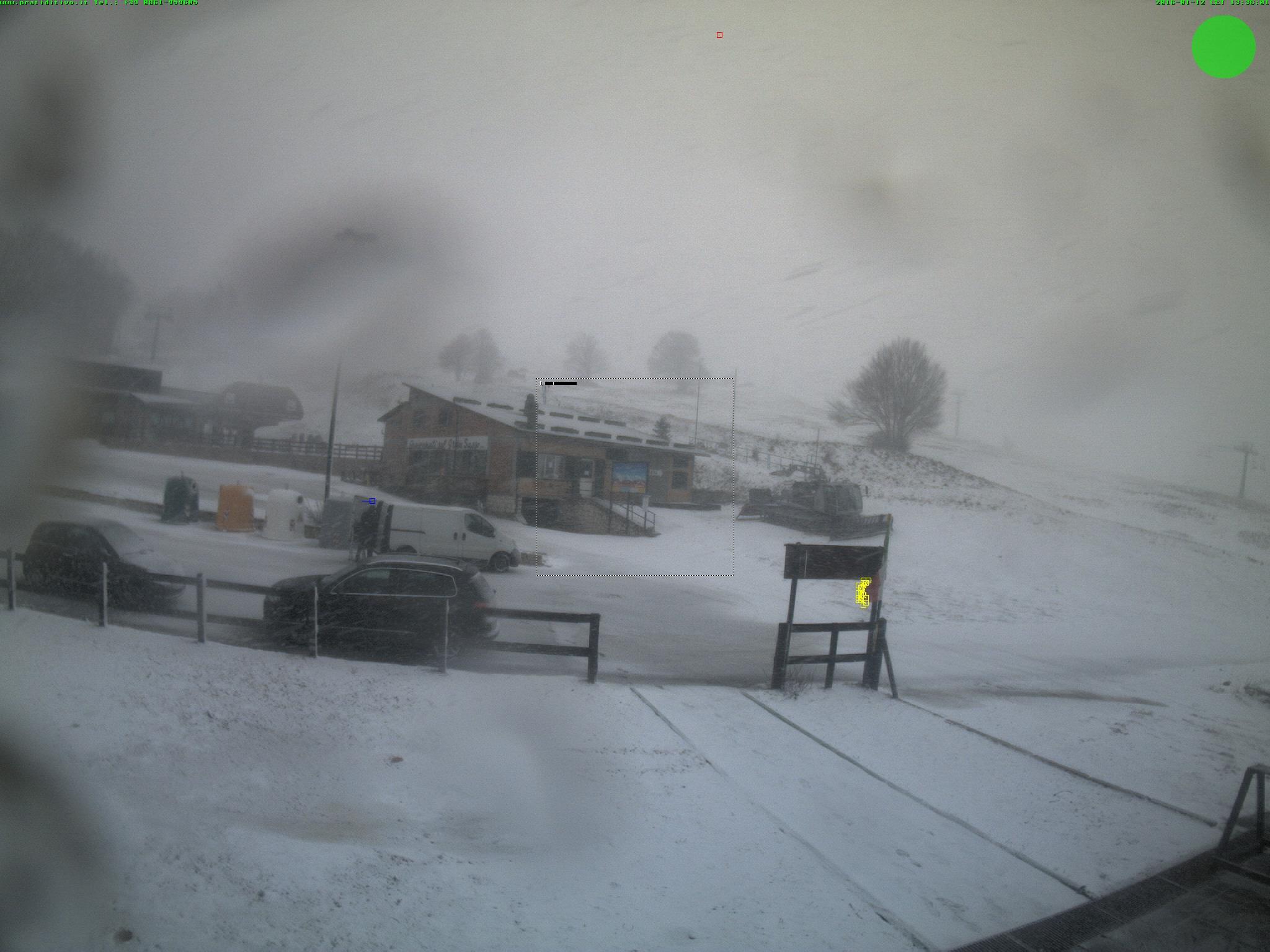 Torna la neve sull'Appennino, forti nevicate in Abruzzo con calo termico