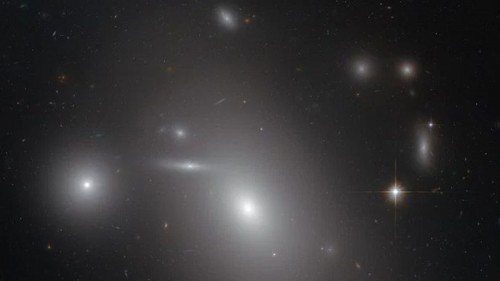 Astronomia, scoperto un buco nero gigante