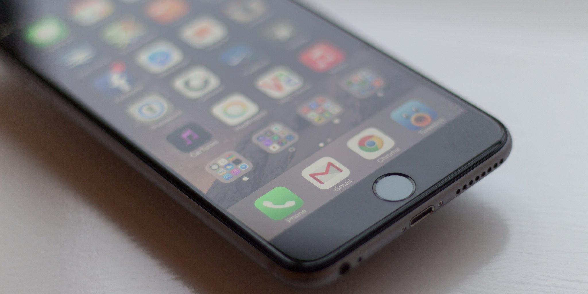 iPhone SE, incredibile colpo di scena della Apple