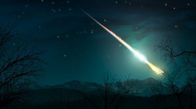 Scia luminosa al Centro Nord, sembrava una palla di fuoco