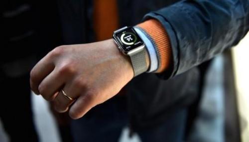 Apple Watch 2 data di uscita 2016: rumors e caratteristiche nuovo modello