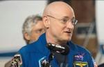 Astronauta Scott Kelly: dopo 340 giorni nello spazio è più alto di 5 cm