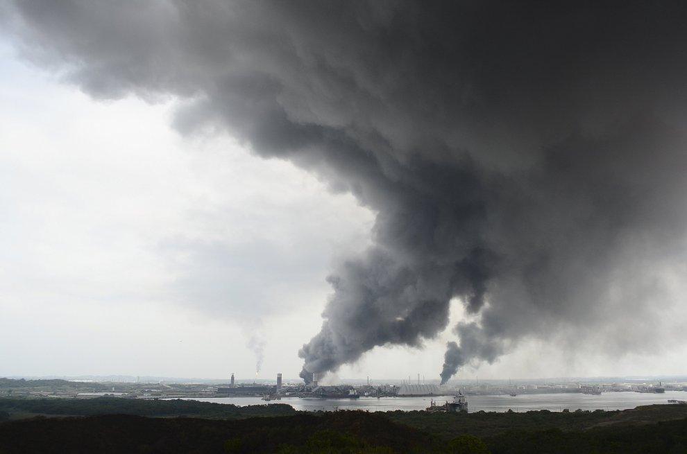 Esplode petrolchimico: disastro ambientale in Messico