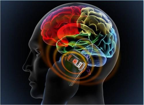 Utilizzo smartphone e tumori: scoperto un possibile legame