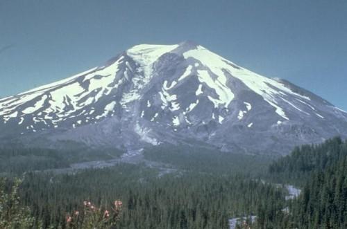 Terremoto St. Helens: trema il vulcano più pericoloso degli Usa