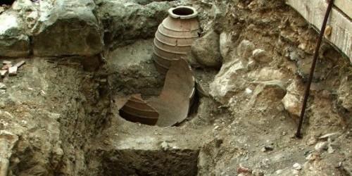 Vino del 4.300 a.C in villaggio in Grecia. L'incredibile scoperta