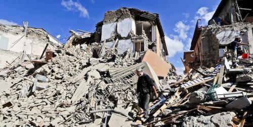 Terremoto, l'allarme: possibili sismi 30 volte più potenti
