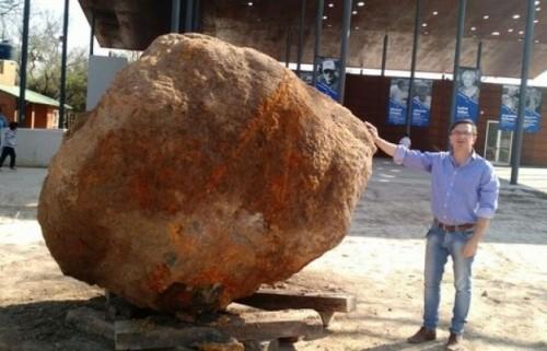Meteorite di 30 tonnellate ritrovato in Argentina. Le immagini