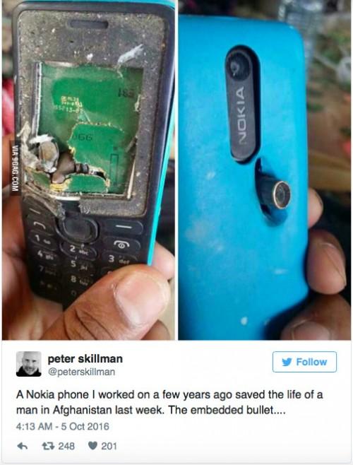 Nokia ferma proiettile e salva la vita ad un soldato