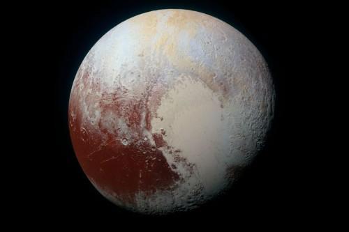 Plutone: un enorme oceano ghiacciato sotto la Sputnik Planum