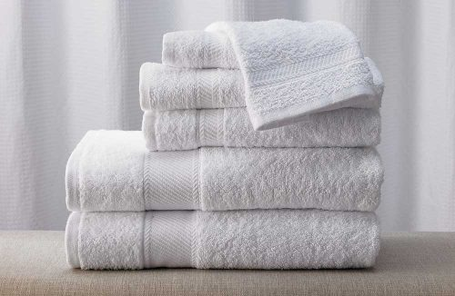 Asciugamani in casa: ecco quando lavarli secondo i ricercatori