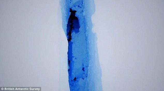 Antartide: la piattaforma Larsen si sta fratturando ad incredibile velocità