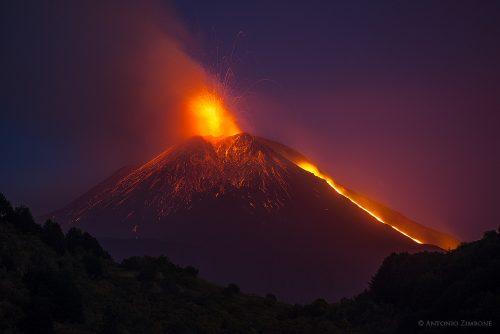 Etna: aperto nuovo cratere sul fianco sud est