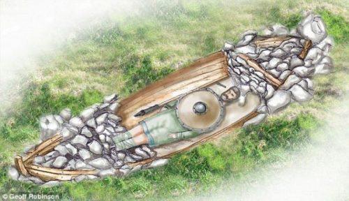 Scozia: emerge tomba di guerriero vichingo sepolto in una barca