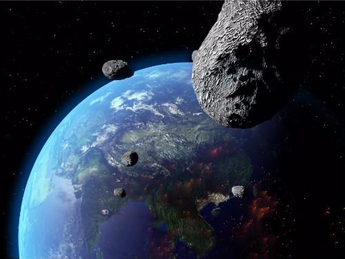 Due asteroidi hanno sfiorato la Terra, un terzo in arrivo domani