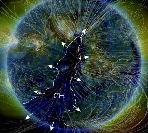 Sole, avvistato buco coronale: tempesta magnetica in arrivo