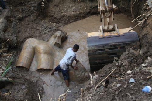 Egitto, colossale statua di Ramses II scoperta a Il Cairo