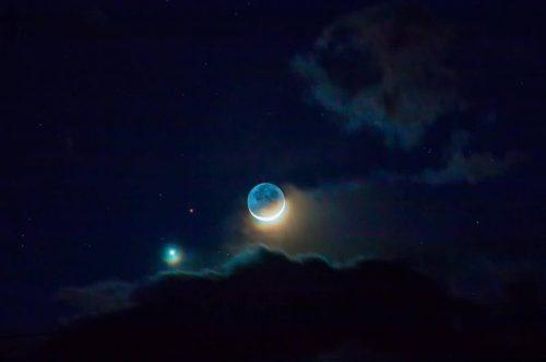Congiunzione Luna Venere e stelle cadenti: in arrivo due suggestivi fenomeni