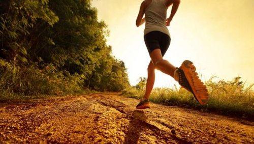 Sport: un'ora di corsa allunga la vita di sette ore