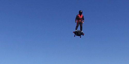 Flyboard Air: l'hoverboard che permette di volare
