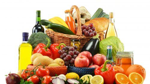 Cibi anti età: ecco gli alimenti per apparire giovani e rallentare l'invecchiamento