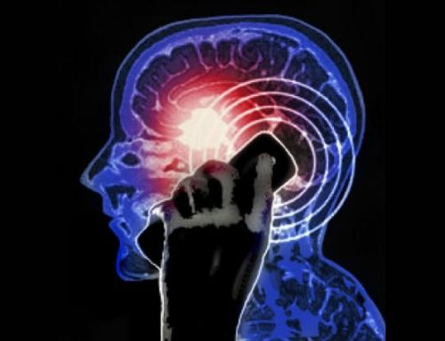 Telefono e tumore al cervello: il Tribunale di Ivrea riconosce correlazione
