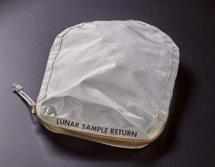 Luna: all'asta la sacca usata nella missione Apollo 11