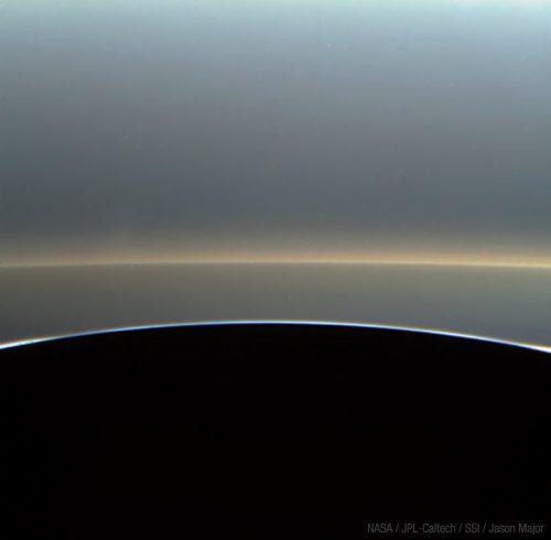 Saturno: le nuove spettacolari immagini di Cassini