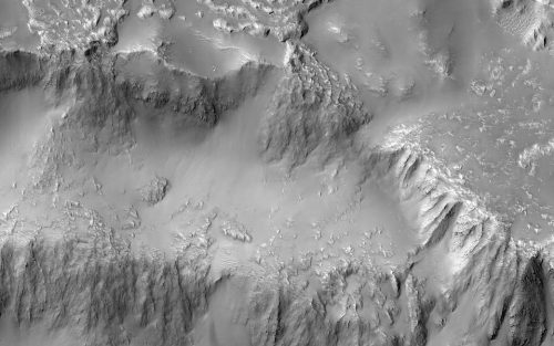 """Marte: MRO riprende le """"Cascate del Niagara"""" del pianeta rosso"""