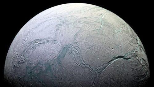Molecole organiche su Encelado: la clamorosa scoperta