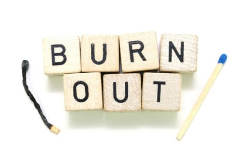 Burn out estivo: lo psicologo avverte